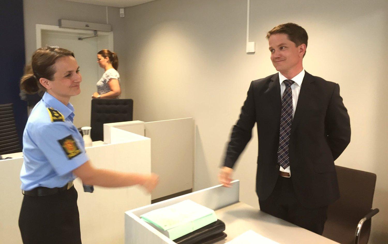I RETTEN: Politiadvokat Iselinn Håvarsteinn og Christer Tromsdals forsvarer Olle Nohlin i fengslingsmøtet i Asker og Bærum tingrett.