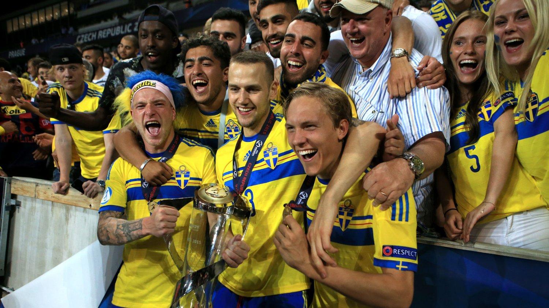 GULL: De svenske U21-gutta vant EM-gull etter straffesparkkonkuranse mot Portugal.