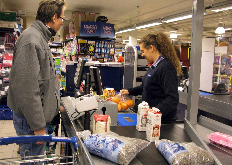 MANGE MENINGER: Rekordmange har ytret seg om forslaget om søndagsåpne butikker. Snart vil det bli tatt en avgjørelse.