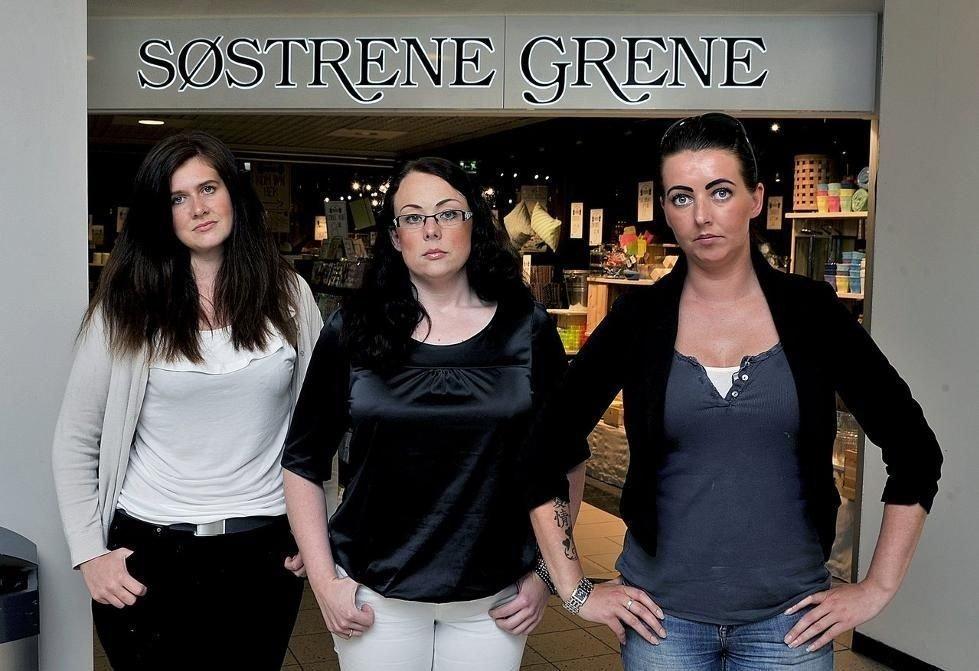 MASSIV KRITIKK: Maren Karlsen, Karianne Teig og Camilla Larsen har tidligere jobbet hos Søstrene Grene. De ønsker ikke å sverte butikkjedens danske ledelse, men retter massiv kritikk mot de to norske driverne av butikken. FOTO: Jarl M. Andersen/SA