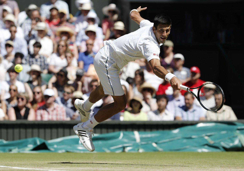 ONE, TWO, THREE: Novak Djokovic er blitt kongen av Wimbledon.