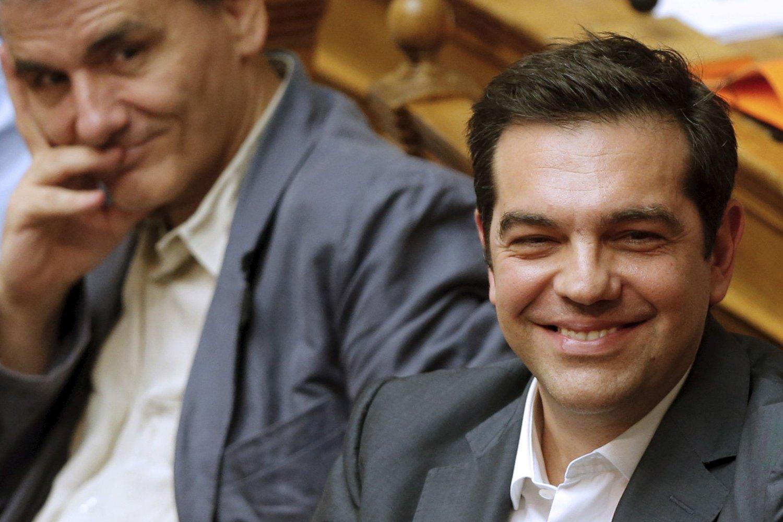 Statsminister Alexis Tsipras var godt fornøyd da den greske nasjonalforsamlingen stemte for avtalen som åpner for nye kriselån, selv om han tungt for å svelge långivernes betingelser.