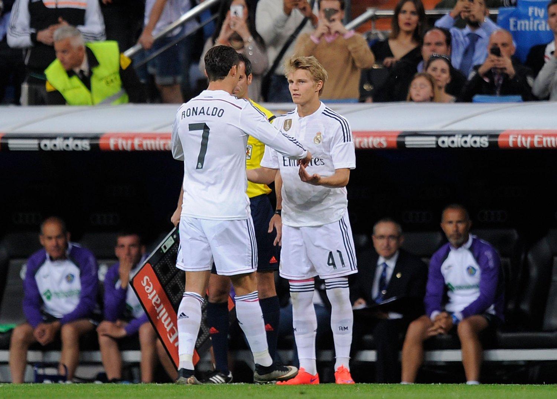 KOMMER TIL OSLO: Martin Ødegaard og Cristiano Ronaldo.