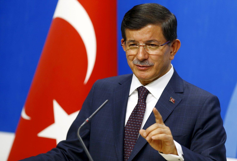 – Operasjonene som ble startet i dag, er ikke en enkelthendelse, men en prosess, sier Tyrkias statsminister Ahmet Davutoglu.