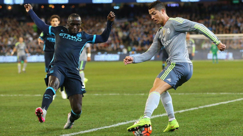 Cristiano Ronaldo og Real Madrid hadde full kontroll mot Manchester City foran nesten 100 000 tilskuere i Melbourne.
