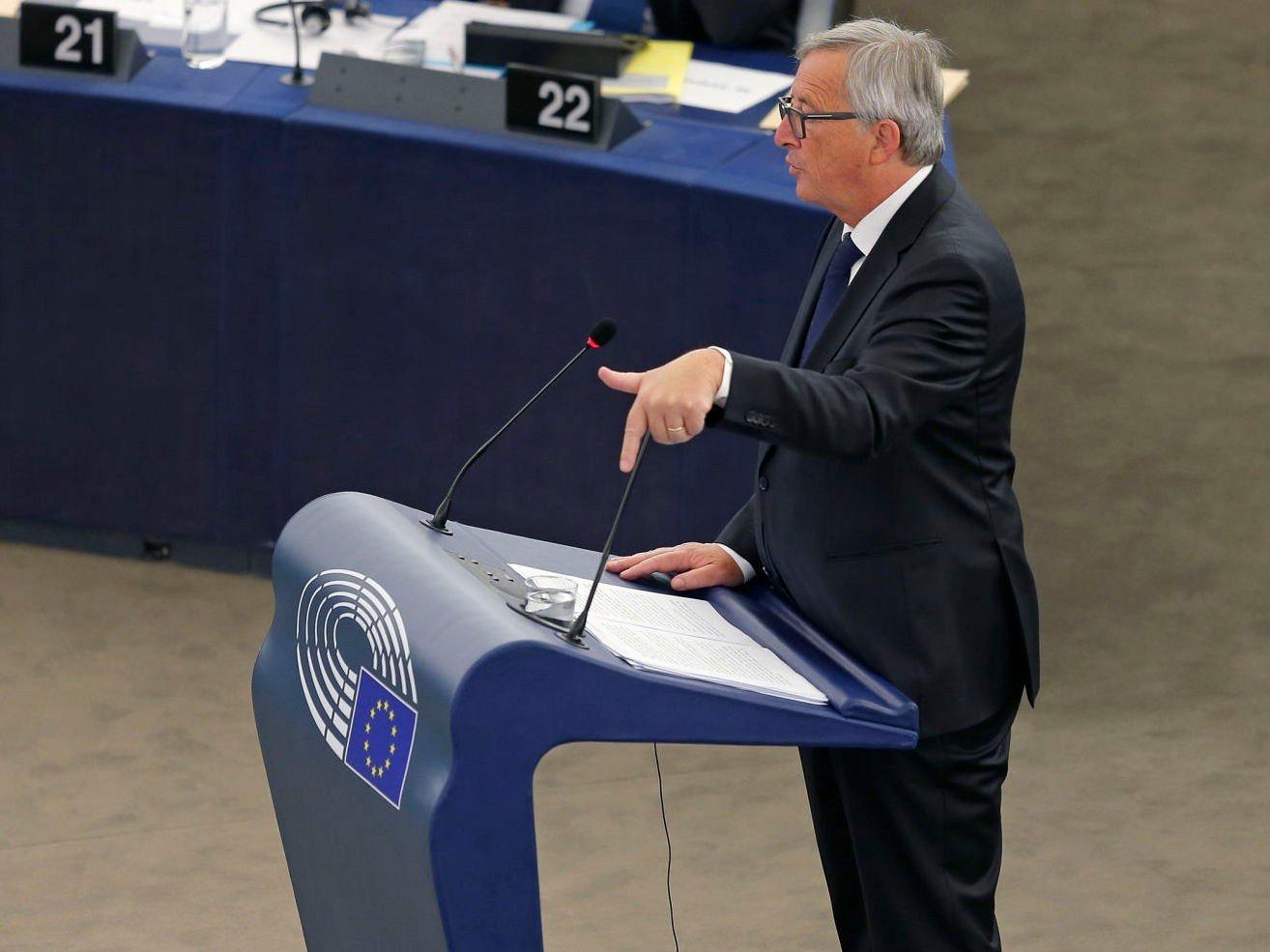 EU-kommisjonenes president Jean-Claude Juncker holdt en tordentale i EU-Parlamentet onsdag for å få europeerne til å åpne opp øynene sine til flyktningkrisen.