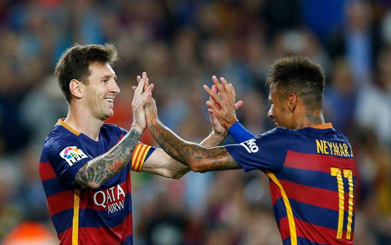 TRYGGET SEIEREN: Lionel Messi scoret Barcelonas tredje og fjerde mål da Levante ble slått 4-1.