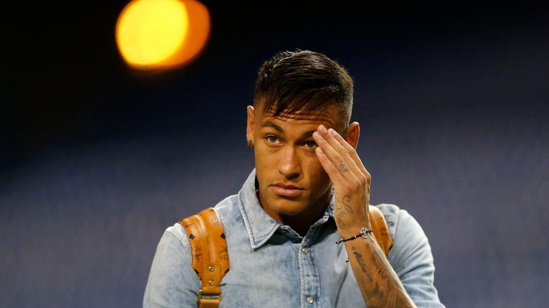 SAMTALER: Neymar bekrefter at han snakket med Manchester United om en mulig overgang i sommer.