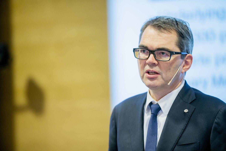 Norsk Hydro har inngått en avtale om salg av et valseverk for aluminium i Italia. Her konsernsjef Svein Richard Brandtzæg. Foto: Stian Lysberg Solum / NTB scanpix