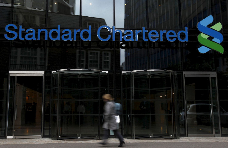 KUTTER: Den britiske banken Standard Chartered kutter 15.000 jobber. Foto: Scanpix