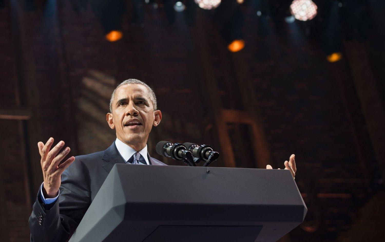 BARACK OBAMA var i det humoristiske hjørnet da han holdt en tale på Manhattan mandag kveld.