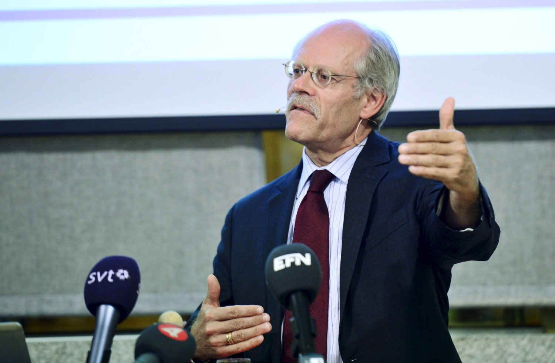 Riksbankens sjef Stefan Ingves holder styringsrenten i ro på minus 0,35 prosent. Foto: FANNI OLIN DAHL / NTB scanpix