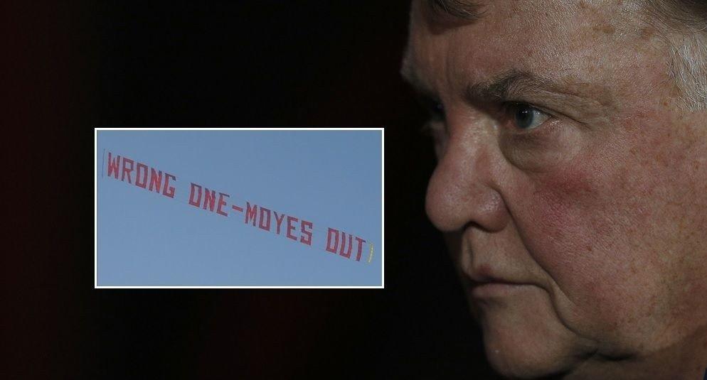 DIN TUR, LOUIS? Manchester United-fans betalte for et anti-Moyes-banner da skottens regime gikk mot slutten. Nå går ryktene om et nytt stunt rettet mot Louis van Gaal på lørdag.