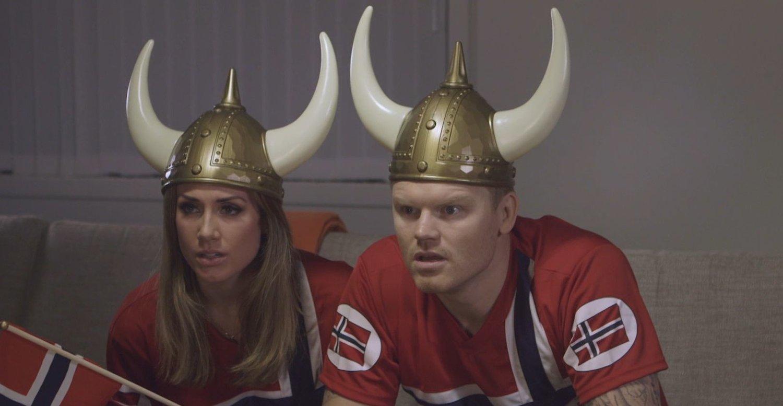 Betsson bruker Tone Damli Aaberge i TV-reklamer for spillselskapet. John Arne Riise ble tvunget til å si opp avtalen med samme selskap da han ble Aalesund-spiller tidligere i år.