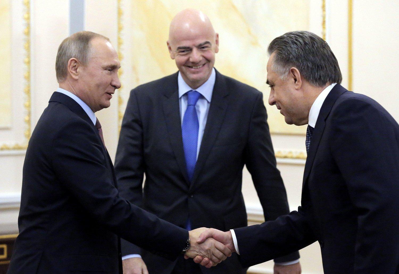 VM: Russlands president, Vladimir Putin, FIFA-president Gianni Infantino og Russlands visestatsminister, Vitalij Mutko, forbereder seg til at Russland skal arrangere fotball-VM i 2018.