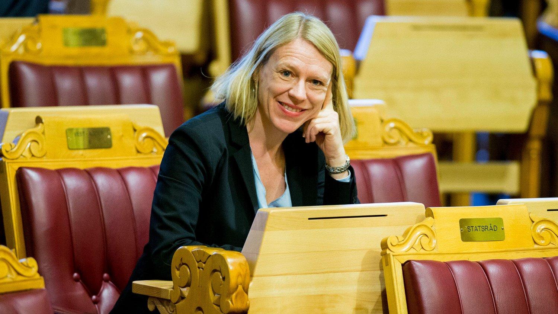 MOBIL-TOPPEN: Lederen av utenriks- og forsvarskomiteen på Stortinget, Anniken Huitfeldt (Ap), har høyest telefonregning blant stortingspolitikerne.