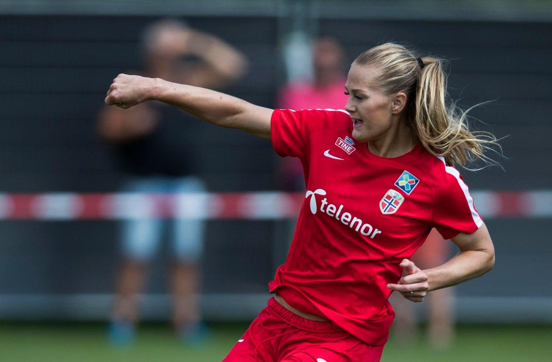 Lisa-Marie Utland scoret et nytt mål da Rosengård slo Eskilstuna 9-0 i svensk fotball torsdag. Foto: Berit Roald / NTB scanpix