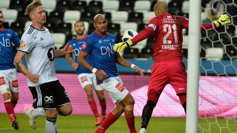 KLAR FOR NY SESONG: Nettavisen sender flere av Vålerengas og Rosenborg kamper i sesongoppkjøringen.