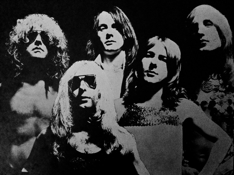 "Mott The Hoople anno 1972: Ian Hunter (vokal, gitar, piano),Mick Ralphs (lead gitar),Verden Allen (orgel), Pete Overend Watts (bass), Dale""Buffin"" Griffin (trommer)"