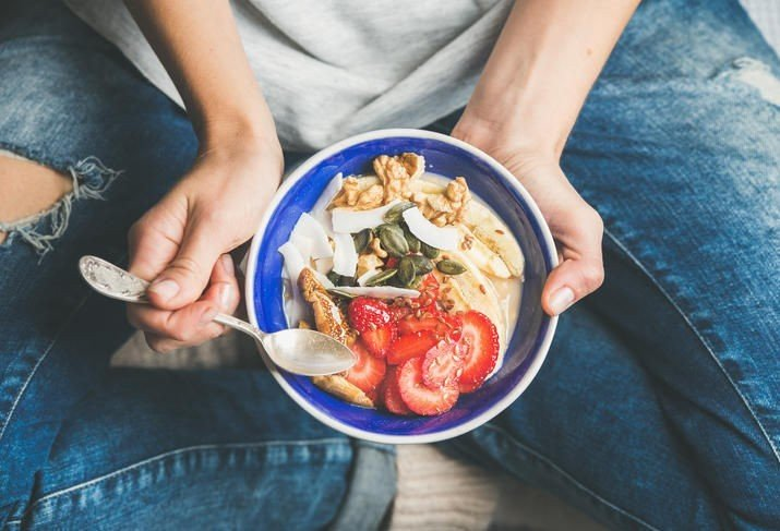 FROKOST: Forskere har sett på hvorvidt det å spise frokost gir helsemessige fordeler - og om det er avgjørende med frokost når du skal ned i vekt.