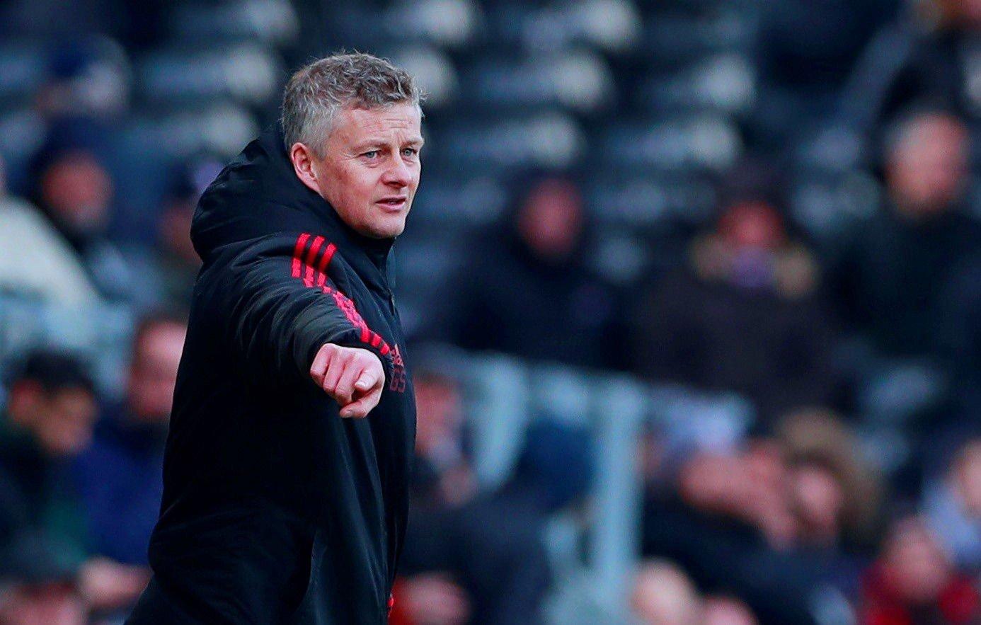 VELGER BORT: Manchester United framstår meget solid med Ole Gunnar Solskjær på sidelinja. Enkelte profilerte spillerne sliter samtidig med å komme seg så langt som til banemerkingen.