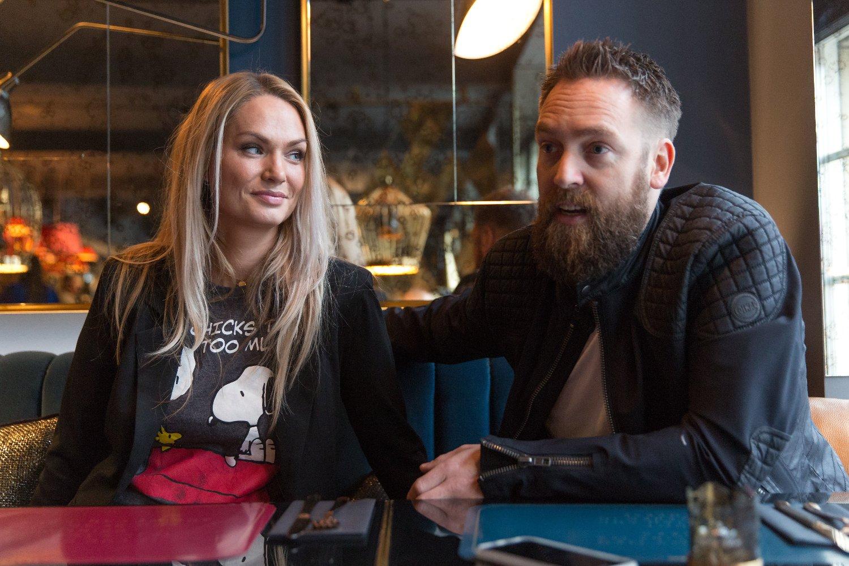 GIFT: Selv om han har vært gift med komiker Marna Haugen Burøe i flere år, innrømmer Ørjan Burøe at han har flørtet med flere jenter samtidig som han var i et forhold med Marna.