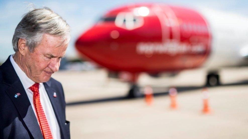 STOREBROR: Norwegian-sjef Bjørn Kjos har sin storebror Tore Kjos som aksjonær i flyselskapet.