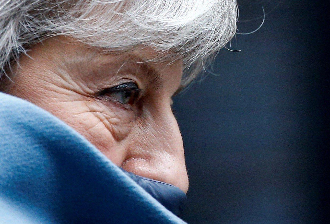 Storbritannias statsminister Theresa May fotografert på vei fra sin bolig i Downing Street 10 til Underhuset onsdag.
