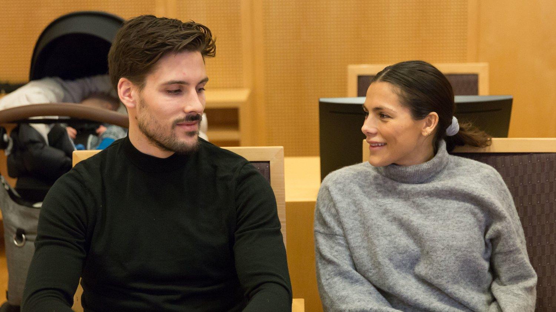 SELGER LEILIGHETEN: Ekteparet Jørgine Massa Vasstrand og Morten Sundli selger leiligheten, kort tid etter de tapte kampen om skjeggkre-erstatning.