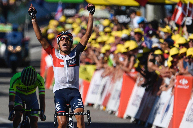 TATT: Jarlinson Pantano jubler her for etappeseier i Tour de France, men har nå avlagt en positiv dopingprøve.