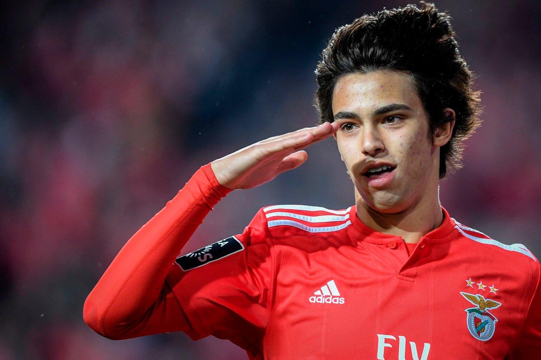 MOT KLUBBYTTE: Benficas Joao Felix er ønsket av en rekke store klubber.