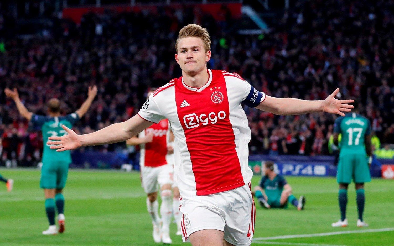 KOBLES TIL CITY: Ajax-stopperen Matthijs De Ligt.