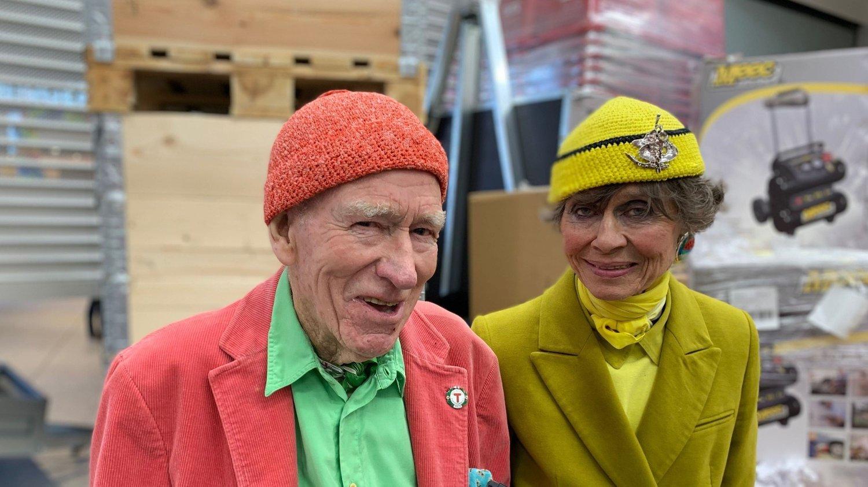 BRYLLUP I SOMMER: GIFTER SEG: Olav Thon og Sisse Berdal Haga skal gifte seg i sommer.