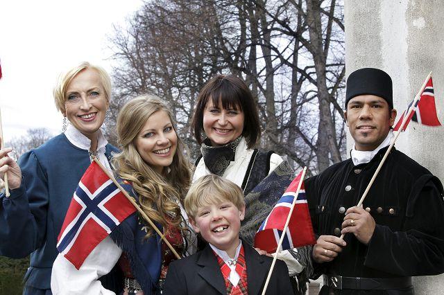 Vegard Thomas Olsen får ikke bruke bergmannsdrakt fra Kongsberg under årets 17. mai-sending! thumbnail