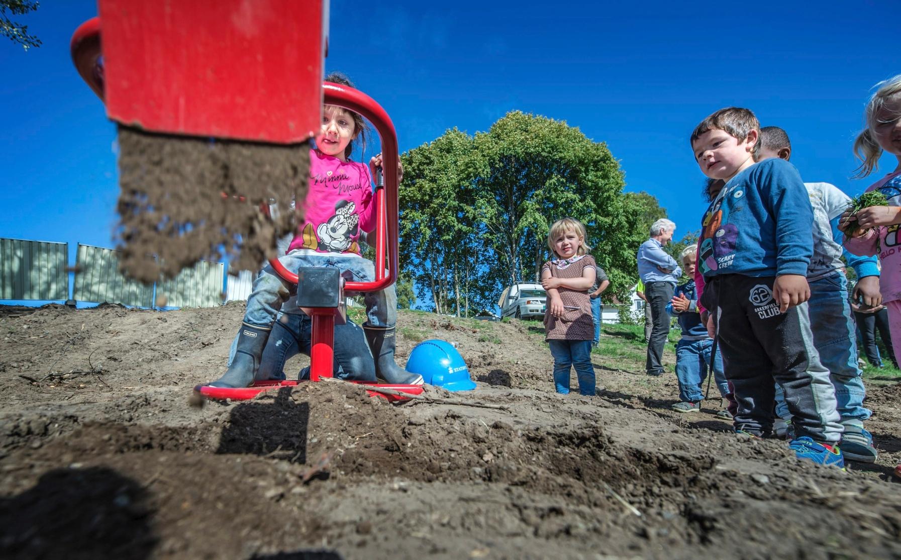 Byggestart for nye Åkebakke barnehage