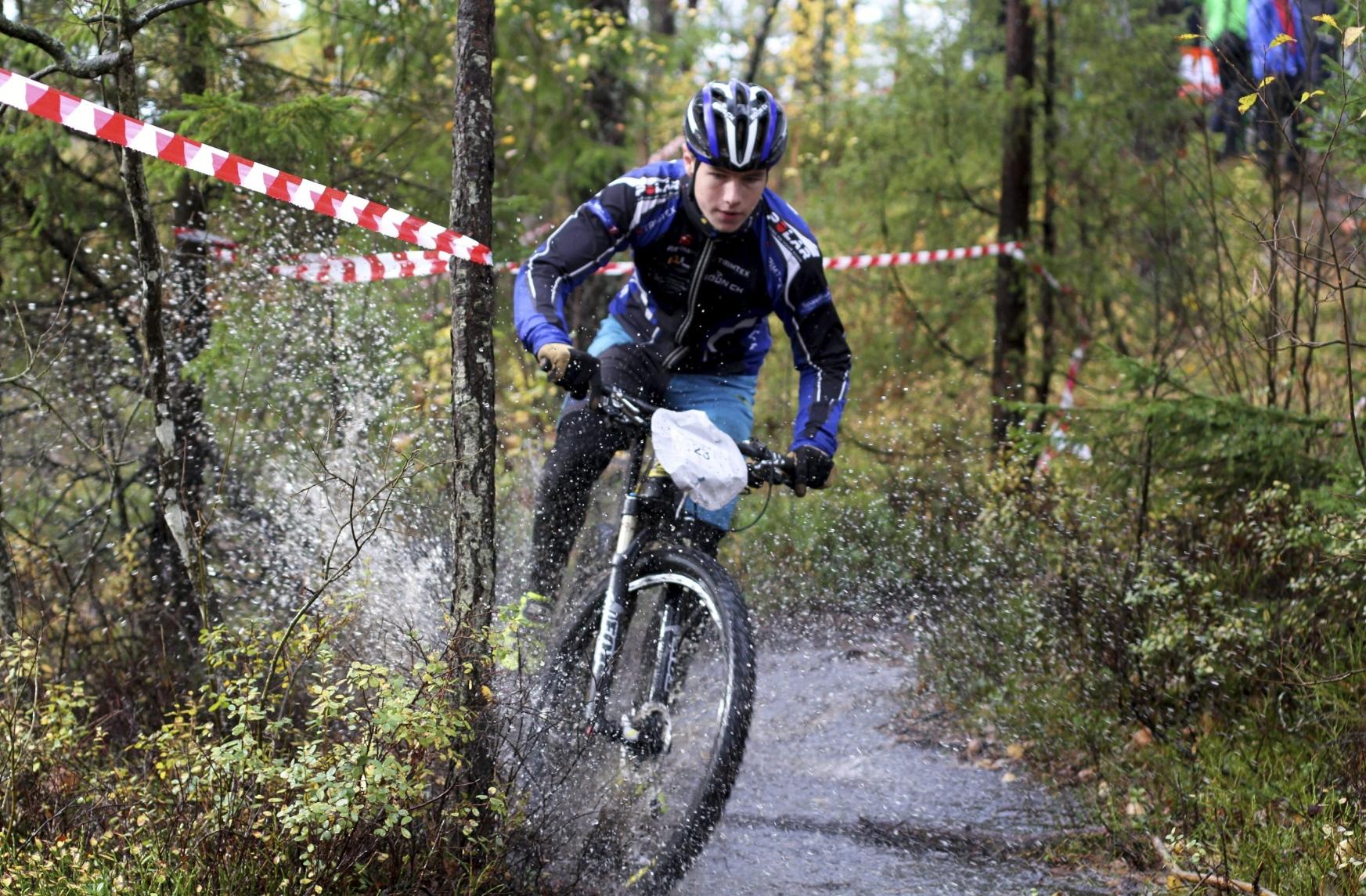 Fuktig sykkelfest